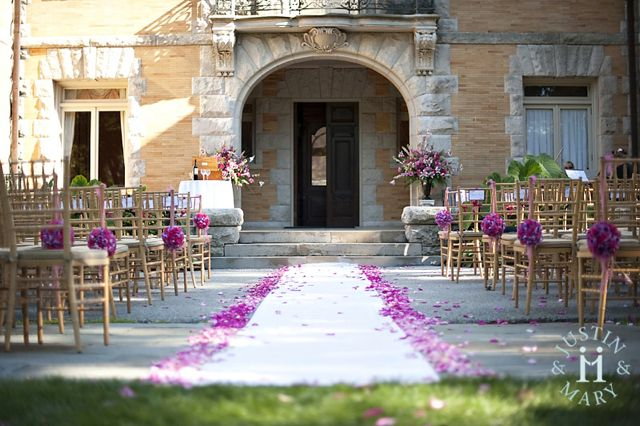 pink-flowers-for-ceremony-at-cairnwood-by-belvedere-flowers.jpg