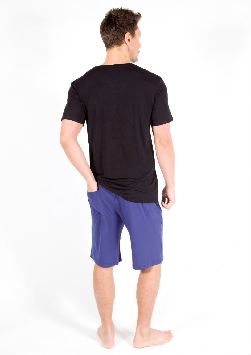 Bamboo Tee - Colour Pictured: Black