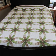 "Double Wedding Ring Quilt - 102"" by 110"""