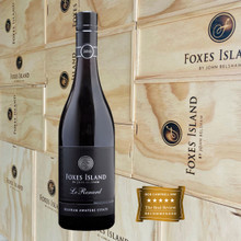 Foxes Island Icon Le Renard Pinot Noir presented in a wood gift box.