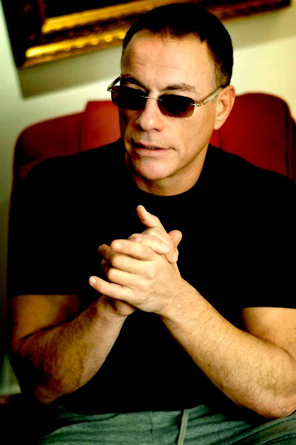 jean-claude-van-damme-gold-and-wood-ka06-d-08-6-cb22.jpg