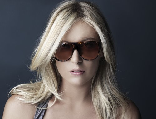 maria-sharapova-tag-heuer-designer-sunglasses.jpg