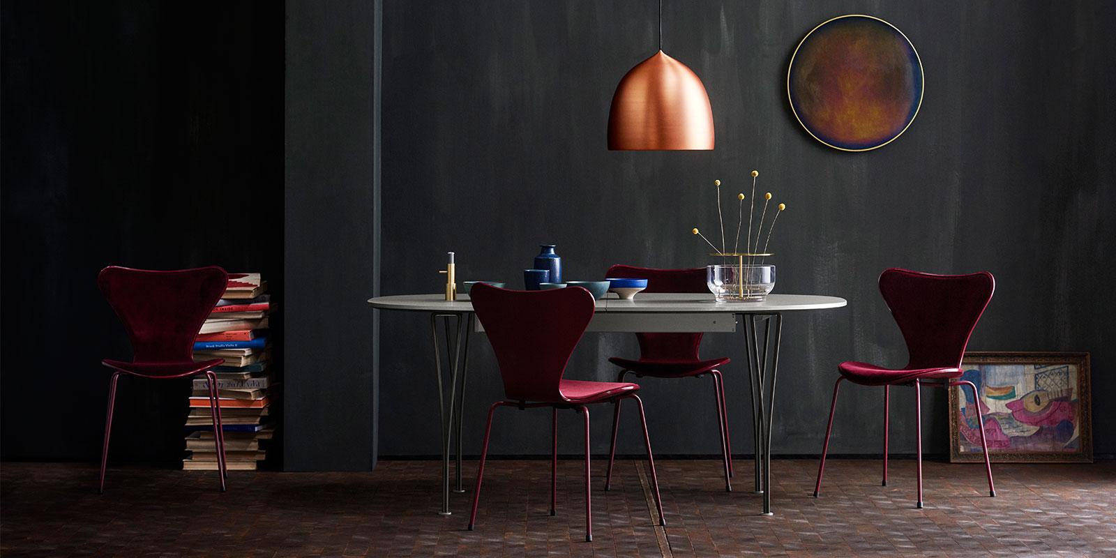 Fritz Hansen Series 7 Chair & Lightyears Suspence Pendant