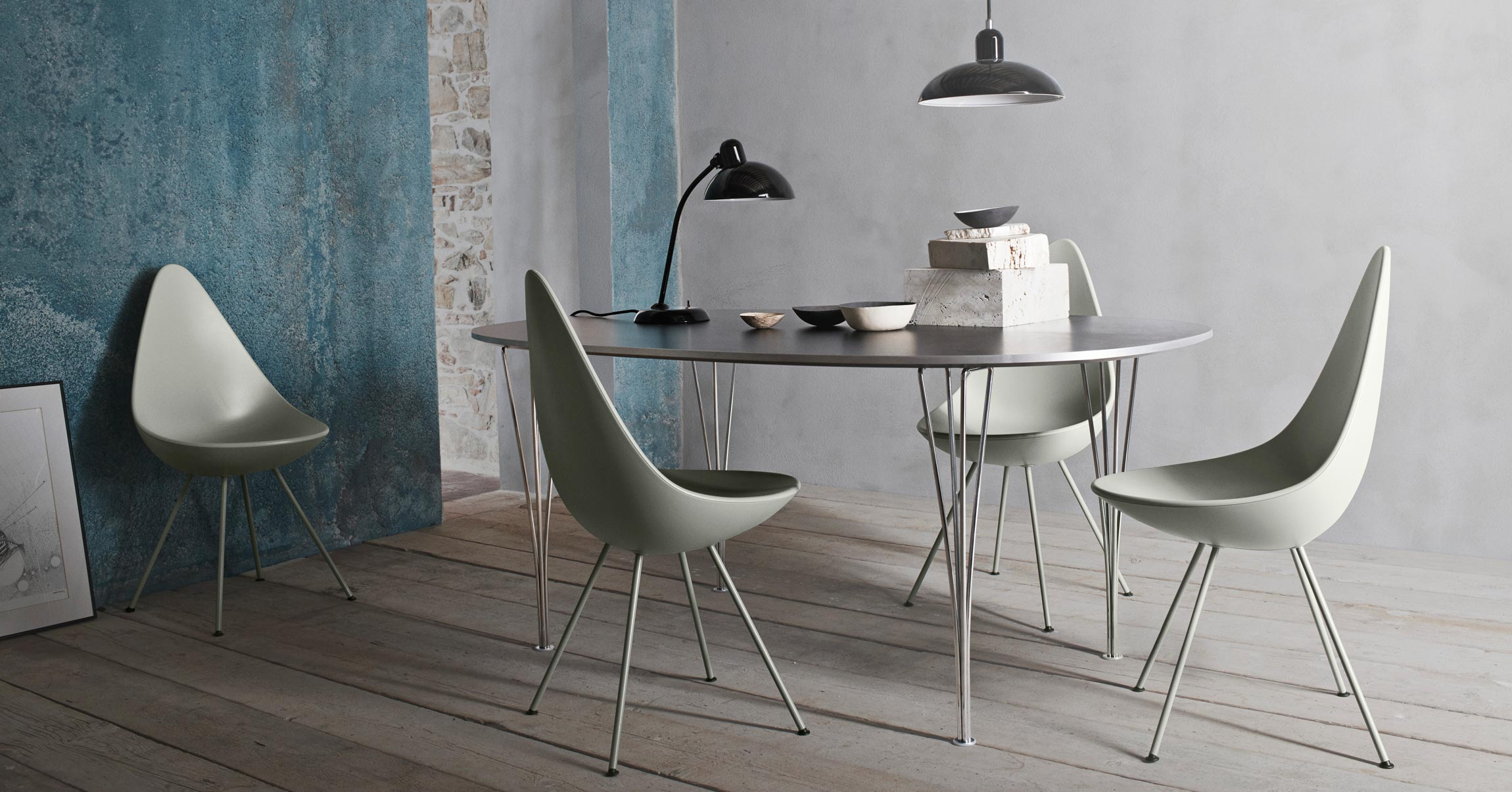 Fritz Hansen Drop Chairs Stone Grey with Kaiser Idell Table Lamp