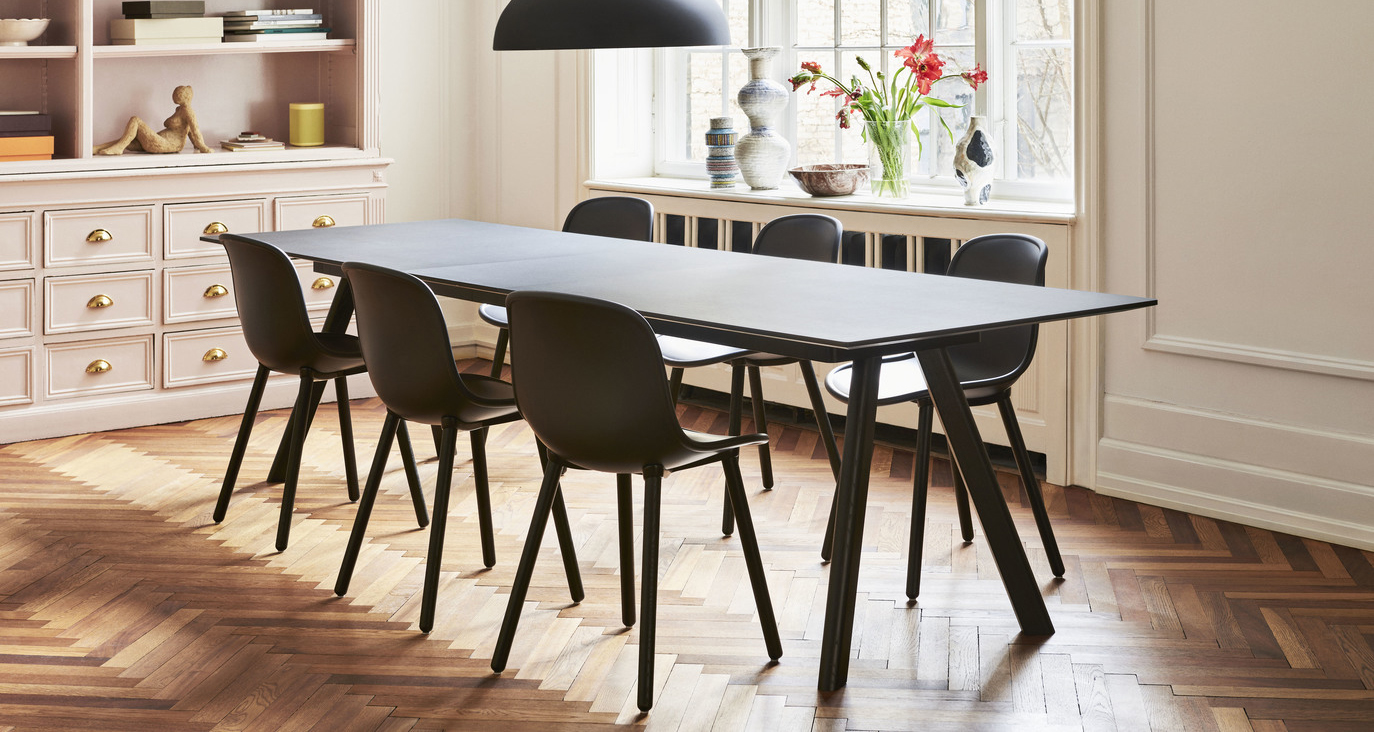 HAY Neu 12 Chairs Soft Black & CPH30 Extendable Table Black Linoleum