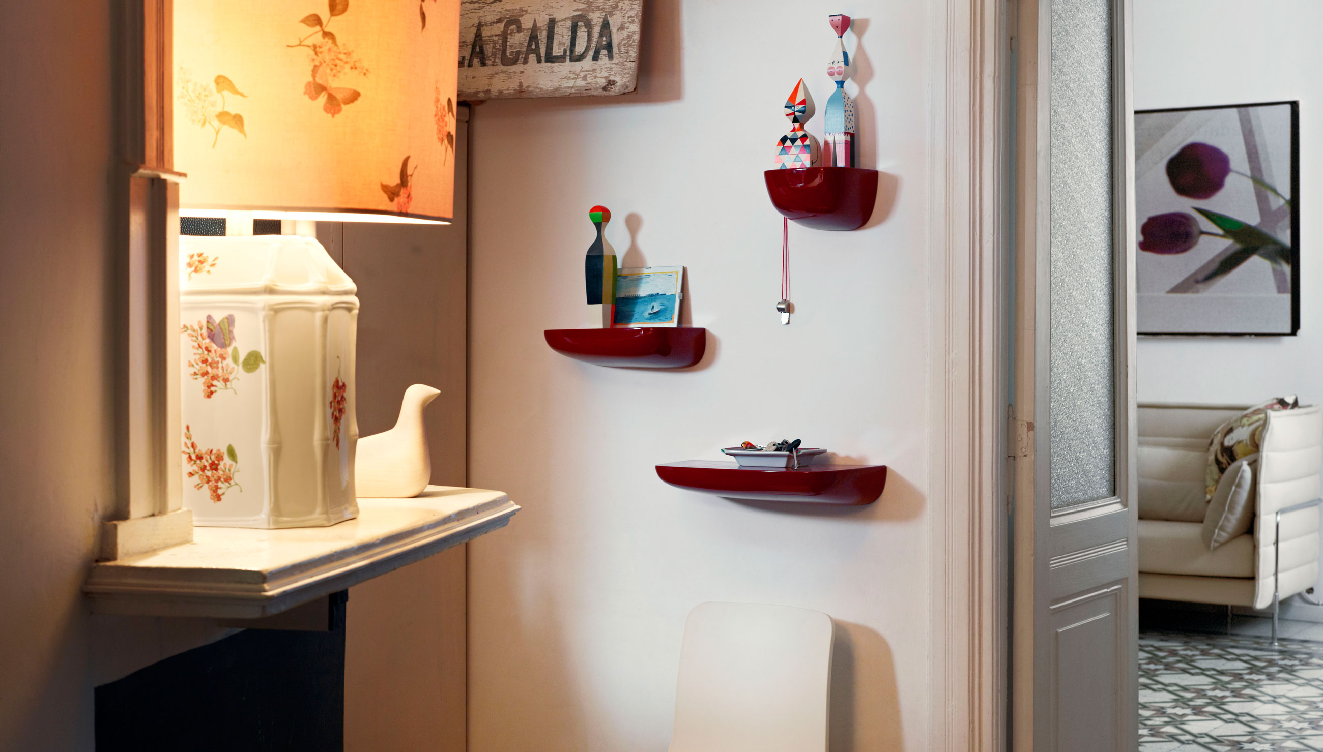 Vitra Corniches Shelves Japanese Red Lifestyle