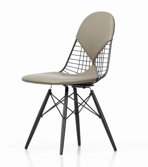 Vitra Eames Wire Chair DKW-2 - Front Angle View
