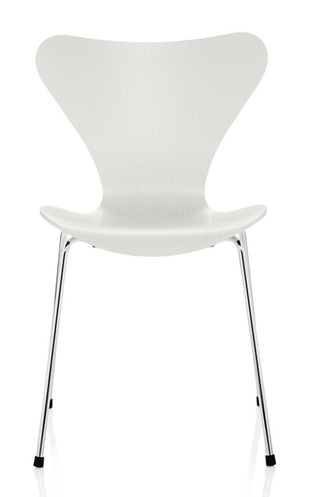 Fritz Hansen Series 7 Chair - Lacquered White Chromed Base
