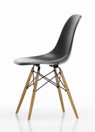 Vitra Eames Fiberglass DSW Chair