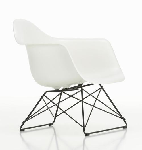 Vitra Eames Plastic Lounge Armchair LAR