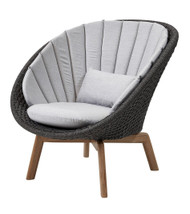 Cane-Line Peacock Lounge Chair - Outdoor - Dark Grey Soft Rope - With Natte Light Grey Cushions