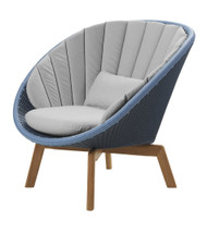 Cane-Line Peacock Lounge Chair - Outdoor - Midnight/Dusty Blue Cane-Line Weave - With Natte Light Grey Cushions