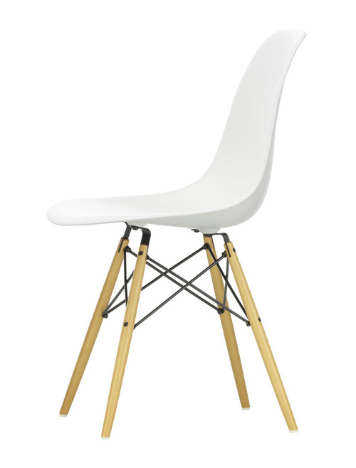 Vitra Eames Plastic Side Chair DSW - 04 White - Golden Maple - Front