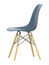 Vitra Eames Plastic Side Chair DSW - 83 Sea Blue - Golden Maple - Front