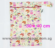 Wet Bag 30x 40cm  - Sweet Treats