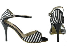 Online Wide Shoes - Passion in Stripes (satin)