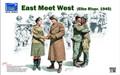 RIICH MODELS RV 35014 - 1/35 East Meet West (Elbe River, 1945)