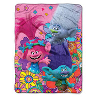 Trolls Colorful Super Plush Throw