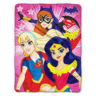 "Super Hero Girls ""Look Sharp"" Super Plush Throw"
