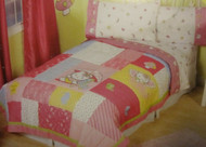 Hello Kitty Kitty Wings Twin/Full Quilt