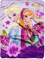 Disney Frozen Celebrate Love Micro Raschel Throw
