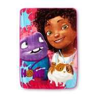 "Dreamworks Home ""Home Away"" Plush Throw"