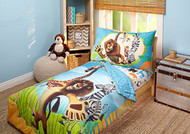 "DreamWorks Madagascar ""Behold My Mane"" 4 Piece Toddler Bedding Set"