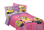 "Minion Girls ""Way 2 Cute"" Twin/Full Reversible Comforter"