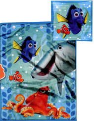 Finding Dory Throw Blanket and Pillow Set