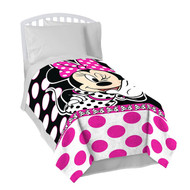 Disney Minnie Mouse 'All About Dots' Plush Blanket