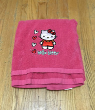 Hello Kitty 'Hearts' Bath Towel