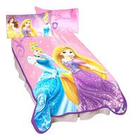 Disney Princesses 'Elegant Glamour' Plush Blanket