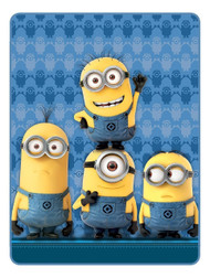 Despicable ME 'Minions Cheer' Silk Touch Throw