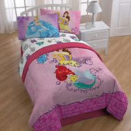 Princess 'Friendship Adventures' Twin/Full Comforter w/ Plush Reverse