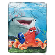 Finding Dory Fishy Group Throw Blanket