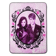 Descendants Auradon Throw