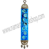 This inspiring mini hanging carpet is sure to renew your faith. It features faith symbols from around the world cast against a vibrant multi-toned blue background. Both ends of the carpet have been finished with a lovely antiqued metal frame. The top frame has a hanging loop and the bottom frame features matching leaf tassels. Exclusive Design DIRECTIONS Turkey - See more at: http://www.kheopsinternational.com/p/Door-Hanging-Woven-Narrow-Carpet-Multifaith/63380.html#sthash.tT4dlumh.dpuf