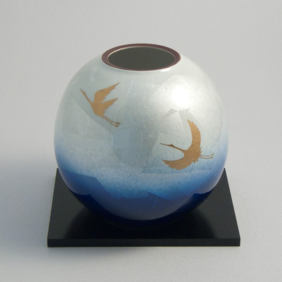 Golden Cranes Kutani Vase