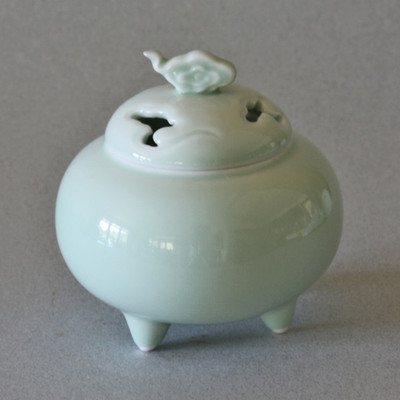 Celadon Cloud Incense Burner