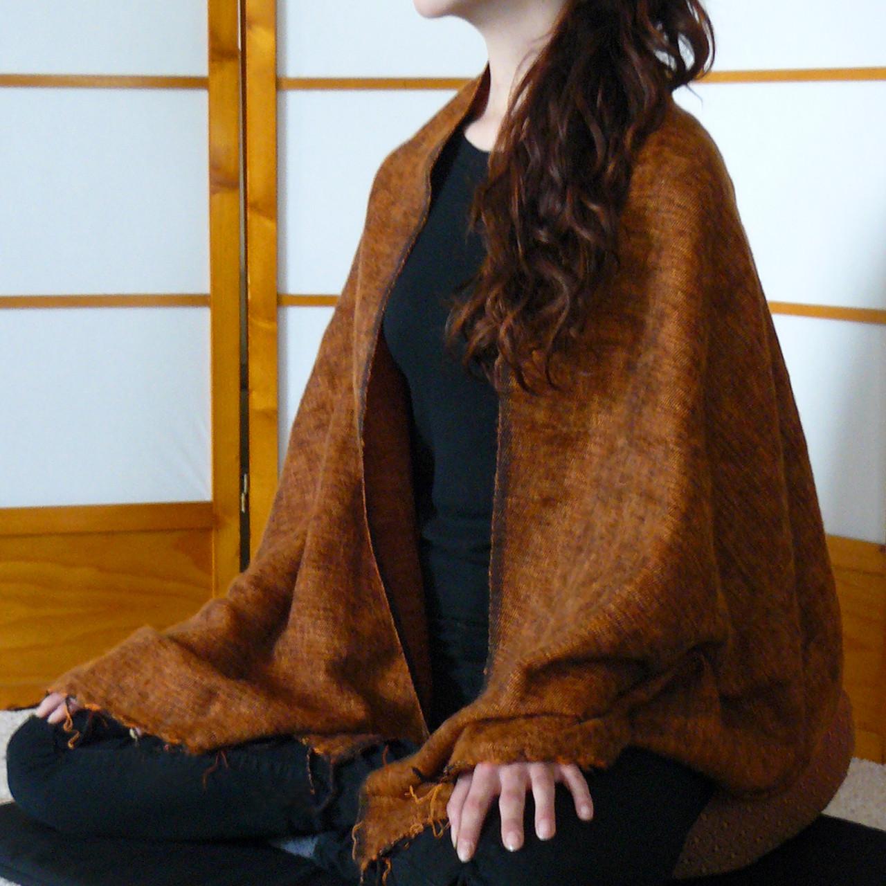 Cinnamon woolen shawl for meditation