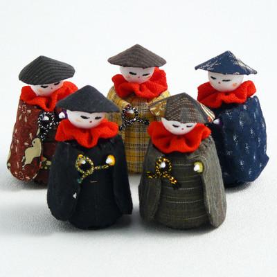 Kasa Jizo Figurine