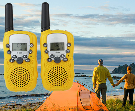 2pcs-new-yellow-mini-walkie-talkie-t-388-0-5w-22ch-uhf-462-550-467-7125mhz-.jpg