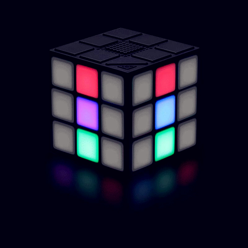 stylish-magic-cube-shaped-portable-led-wireless-bluetooth-speaker-magic-cube-portable-bass-stereo-outdoor-bluetooth.jpg