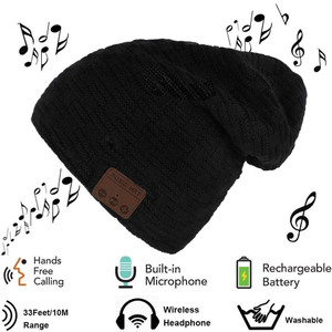 Bluetooth Beanie, Wireless Bluetooth Hat Cap Women Men Winter Warm Hats with Headphone Headset Mic Speaker for Running, Skiing, Skating, Hiking