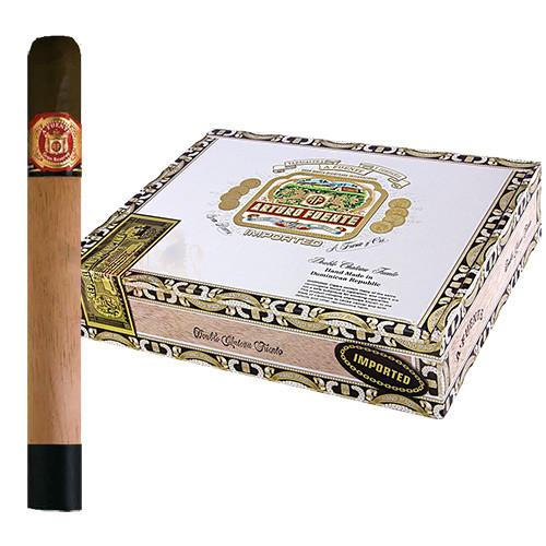 Arturo Fuente Double Chateau Sun Grown (6.75x50 / Box 20)