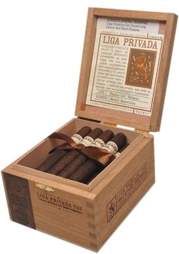 Liga Privada T52 Short Panatela (4.5x40 / Box 24) NEW SIZE