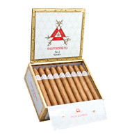 Montecristo White Churchill (7x54 / Box 27)