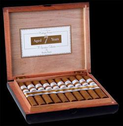 Rocky Patel Vintage 1999 Connecticut Churchill (7x48 / 5 Pack)