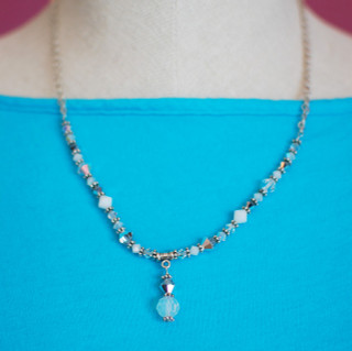 Crystal Lite Necklace in Crushed Ice