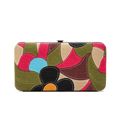 Retro Daisy Patterned Purse